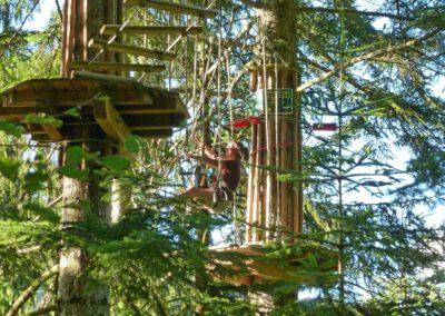 Parcours accrobranche dans les arbres Haute Savoie